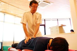 ぎっくり腰施術方法